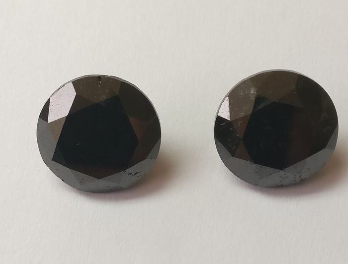 Couple of 2 Round cut diamond total 28.68 ct Fancy Black *** Low Reserve ***