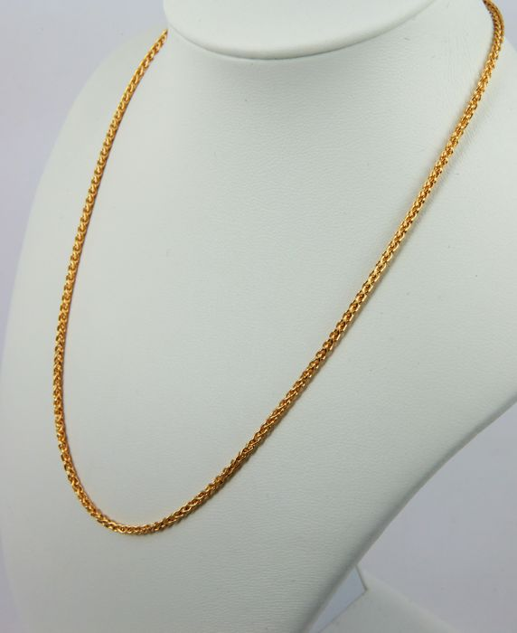 Beautiful necklace, made in Italy by 'Urbano', wheat links in 18 kt (750/1000) yellow gold - weight 8.1 g  - Length 42 cm