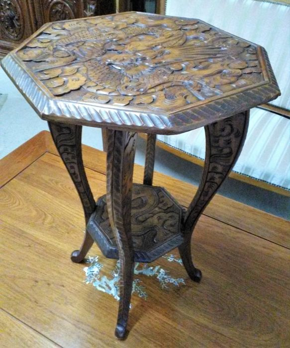 Richly carved side table with image of Chinese dragon - China - 2nd half 20th century