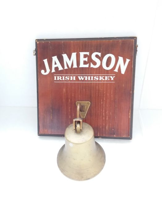 Wooden sign Jameson Irish whiskey with bronze bell - 1995