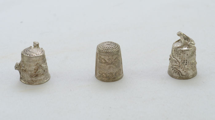 Lot - 3 Thimbles - 925 Sterling Silver - Filigree - Italy - ca. 1920's