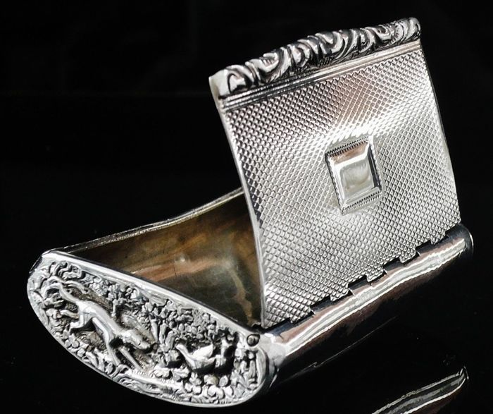 Antique Hunting Theme Silver Snuff Box, London 1826, John Jones III