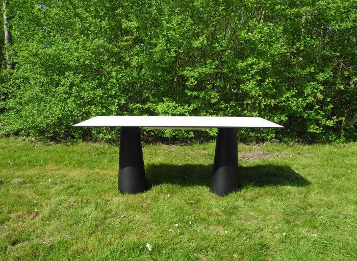 Container Tafel Moooi : Marcel wanders for moooi outdoor container table catawiki