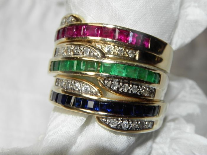 3 rings emerald, sapphire, ruby, carree cut and brilliants cocktail rings 14 ct = 585 gold
