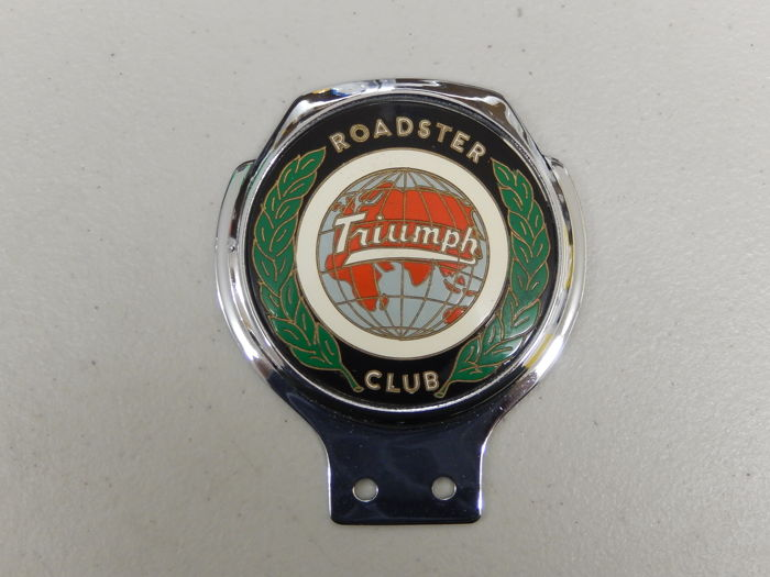 "Vintage Triumph Roadster Club Renamel 70's Chrome Car Badge in Very Good Condition 4.25"" x 3.75"" approx"