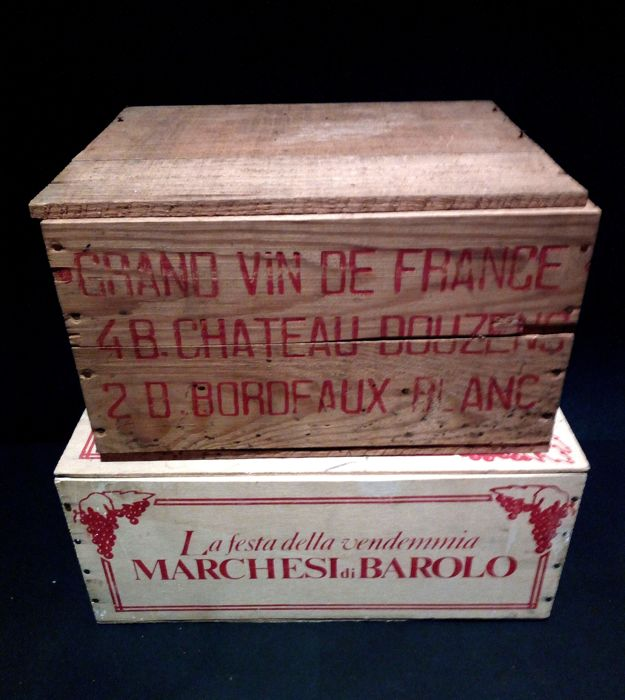 "2x wooden boxes - 1950s wooden chest for 6 Bordeaux ""Chateau Douzens"" wine bottles + 1960s wooden chest for 6 bottles of Barolo ""La Festa della Vendemmia Marchesi di Barolo"""