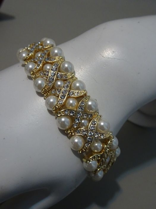 Camrose & Kross - Jackie Kennedy - Bracelet with faux pearl and swarovski