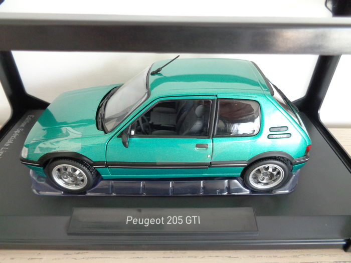 norev scale 1 18 peugeot 205 gti griffe colour green limited edition 1008 pieces catawiki. Black Bedroom Furniture Sets. Home Design Ideas