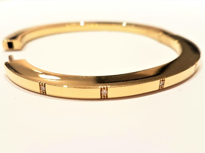 Bracelet - Rigid flat band - 18 kt yellow gold - Diamonds - 6 cm x 5 cm