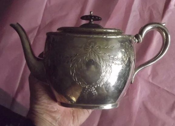 Vintage Silver plate Georgian style teapot. E. P. B. M. HATWELL.