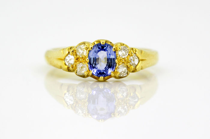 18K yellow gold ladies ring with natural sapphire(0.75 ct) and diamonds (0.30 ct total), London 1993