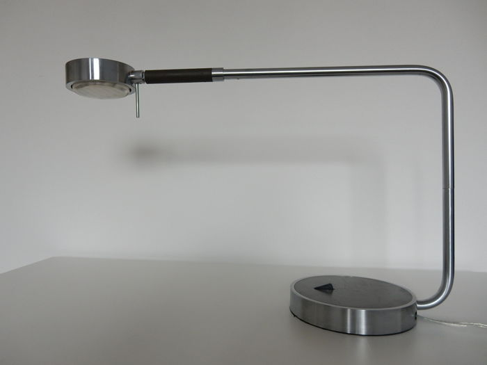 Ricard Ferrer for Metalarte - Zoom M Desk lamp