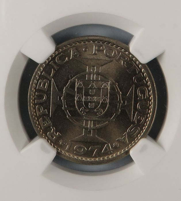 Angola – Portugal, Republic – 5 Escudos – 1974 – NGC MS66 – Cupro-nickel