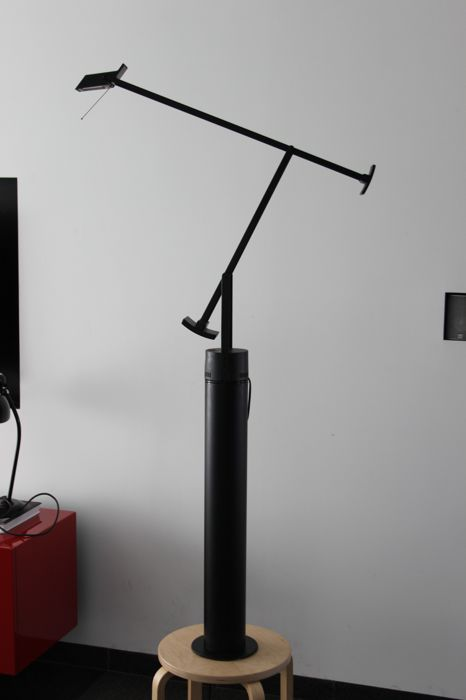 Richard Sappher for Artemide - Desk lamp 'Tizio 35' with column