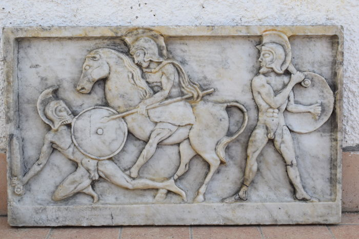 Large marble sculpture, bas-relief depicting a Greek battle scene, Italy - 20th century