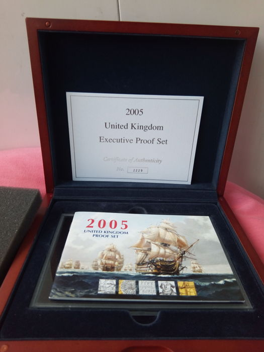 United Kingdom - Yearset 2005 'L'ensemble d'épreuves exécutives Royal Mint'