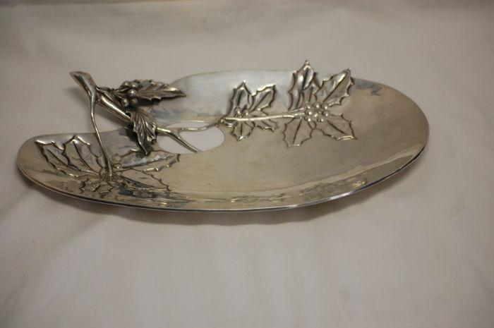 "silver tray ""leaves"". Italy early 20th century"