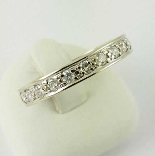 Diamond ring - 585 white gold - 22 brilliant-cut diamonds weighing 0.66 ctt in total