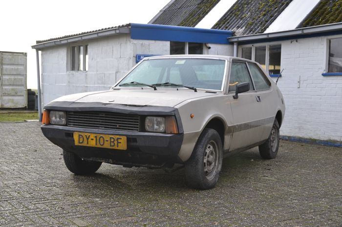 Seat - 1430 Sport Coupe - 1979