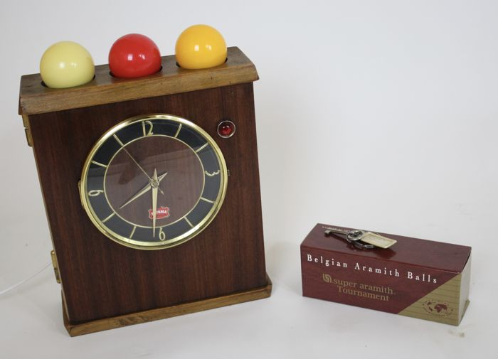 Sigma Pool Table Clock With Ball And Key Catawiki - Pool table key