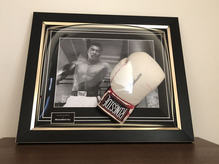 Muhammad Ali autographed framed vintage ringside boxing glove JSA tested with COA