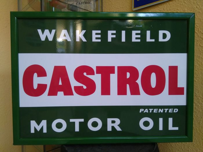 Luminous sign of CASTROL MOTOR OIL WAKEFIELD