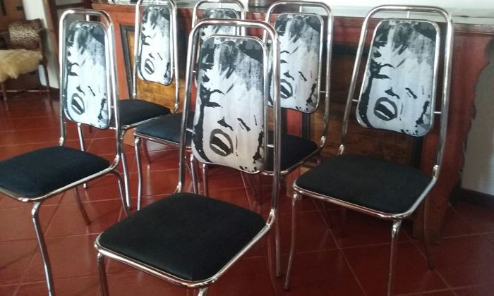 Six Marilyn Monroe Chrome Dinner Table Chairs