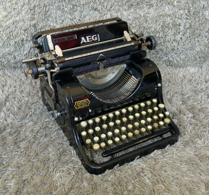 AEG Olympia - Antique Typewriter - Germany - 1920s