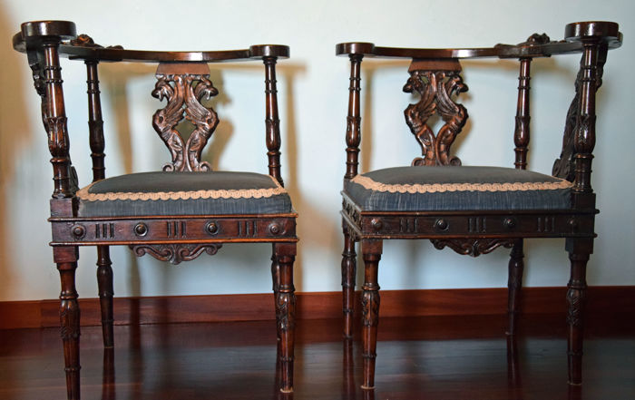 "Pair of chairs for conversation or ""love seats"", eclectic, carved walnut - Venice Italy - second half 19th century."
