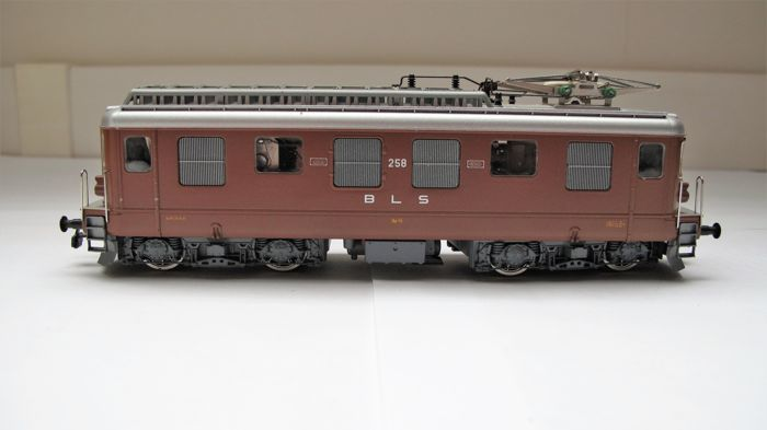 HAG H0 - 182 - Electric locomotive - Ae 4/4 - BLS