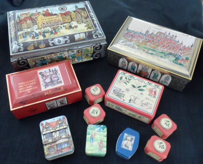 Storage tins - 1950s/60s - various sizes - 11 pieces