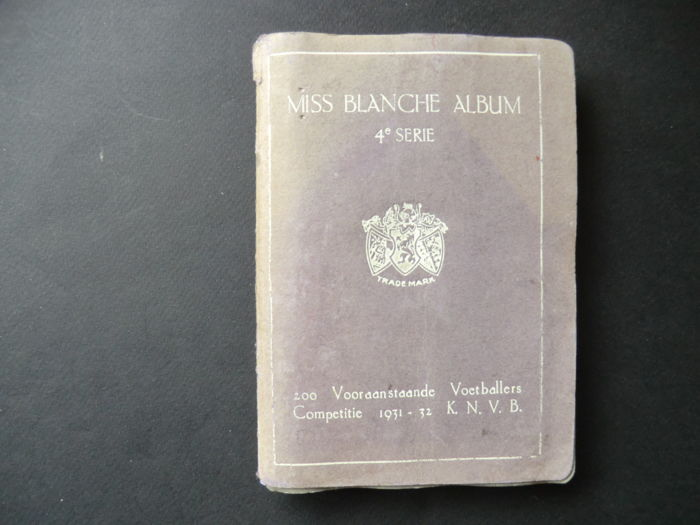 Variant of Panini - Miss Blanche Pocket album - 1931/1932 - Complete with 200 images of prominent football players of the league