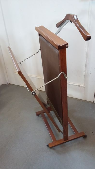 Frattelli Reguitti - vintage valet stand/trouser press