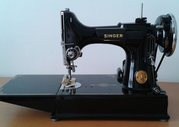Singer 'Featherweight' sewing machine, model 221-1, circa 1955