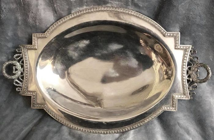 A , 19th Century , NAPOLEON III (1848 - 1852 ) , high quality Silver Plated  , great , oval dish , EMPIRE Style , with a pair of Imperial handles