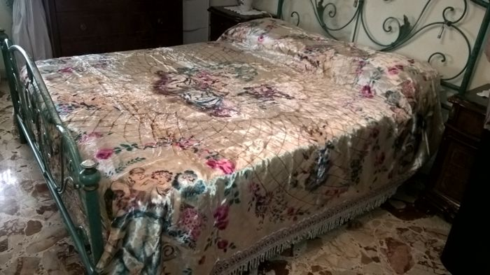 Double bedspread tapestry style, 80 years old