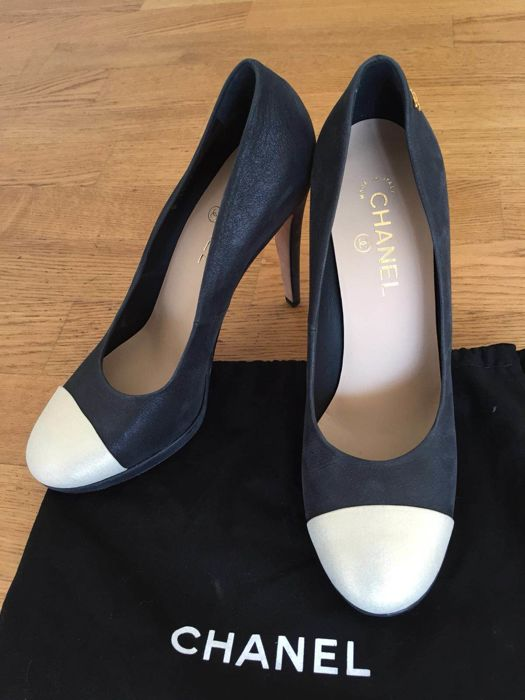 2bc0b2c3a0e Chanel - High heels Shoes - Catawiki