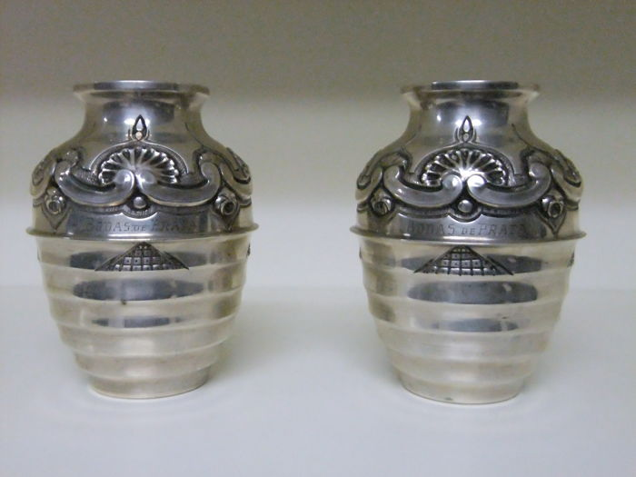 Pair of jars in Portuguese silver hallmarked and contrasted 833/000