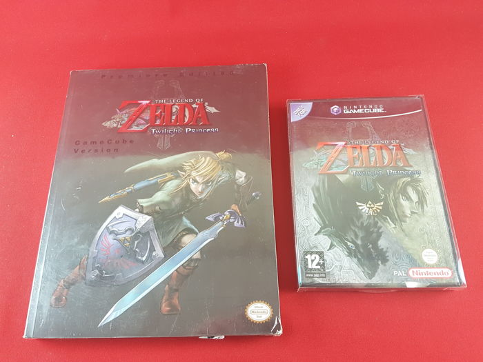 The Legend of Zelda: Twilight Princess Game + Game Guide (New) | Nintendo GameCube