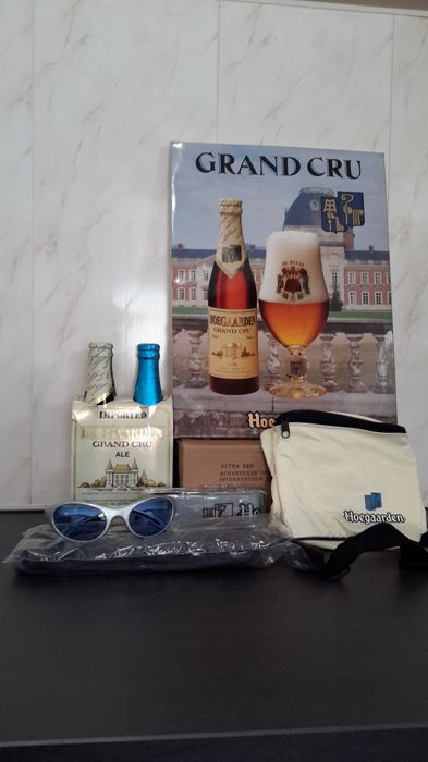 Hoegaarden grand cru- and travel lot, 1990