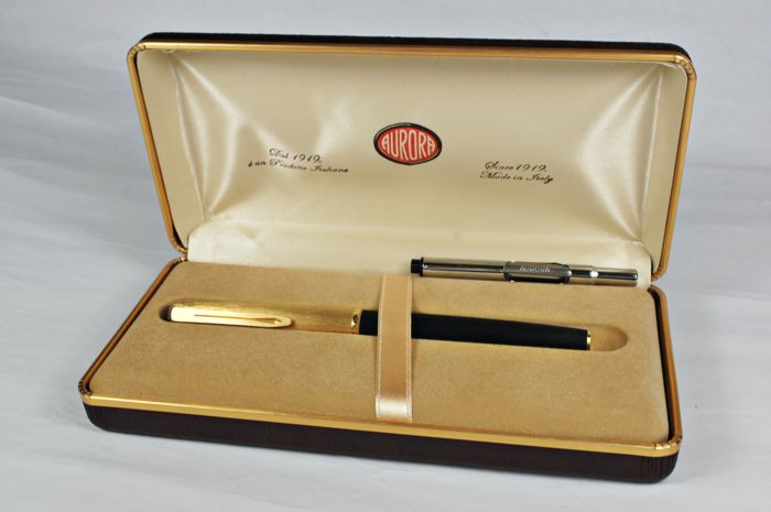 Aurora Archivi Storici model  16 , 14 kt gold plated fountain pen - New