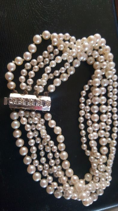 6-strand Akoya pearl bracelet 2.9–5 mm with a gold clasp and diamonds
