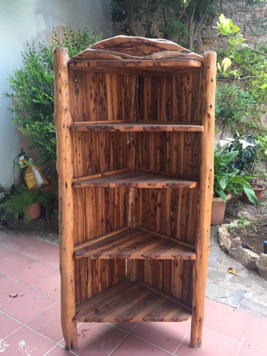 Juniper wood corner unit