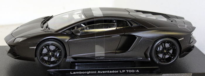 Welly 1 18 Lamborghini Aventador Lp700 4 2011 Matt Black