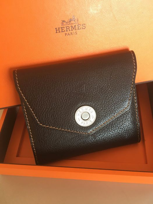 HERMÈS Card Holder in Chocolate-coloured Leather