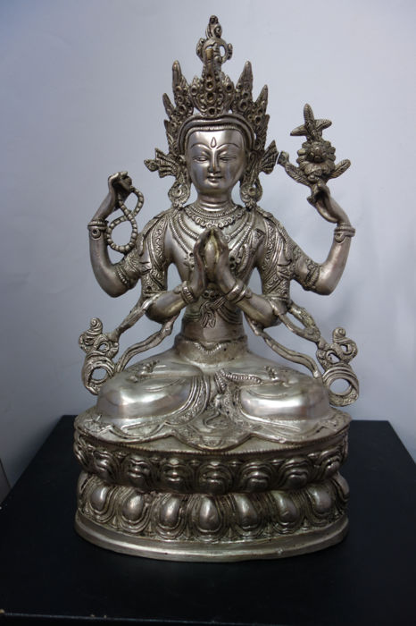 Avalokitesvara- Tibet - late 20th century (32 cm)