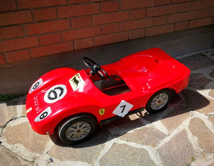 Ferrari pedal car 1970s/1980s + overalls for children