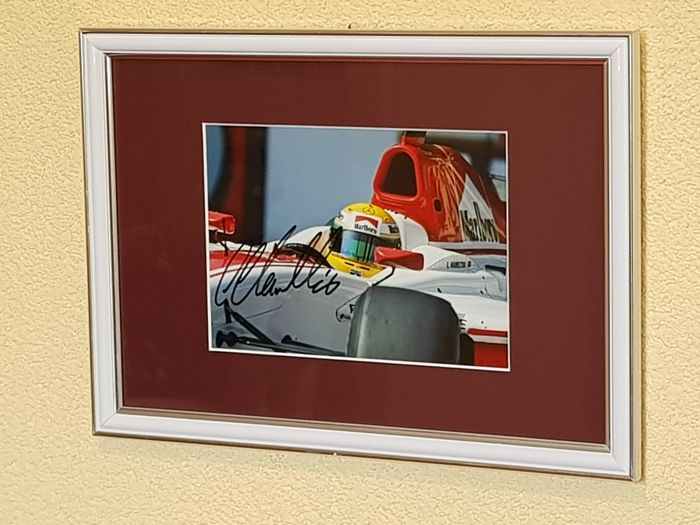Lewis Hamilton - Full autographed framed photo, extreme rare + COA