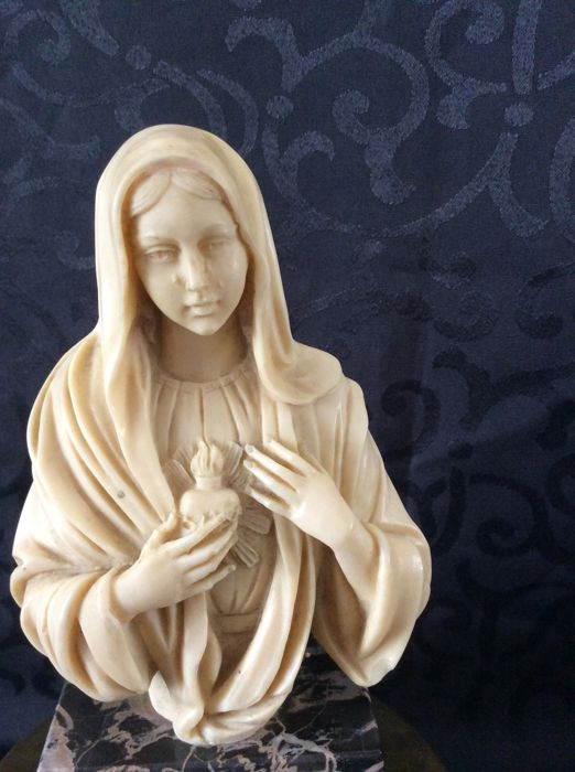 A.Santini - Marble, alabaster and resin. Bust of the Virgin - Italy, circa 1950