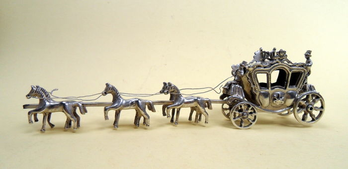 Silver carriage with 6 horses, The Netherlands after 1953